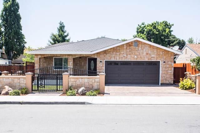 2123 Clarke Avenue, East Palo Alto, CA 94303 (#ML81772282) :: Steele Canyon Realty