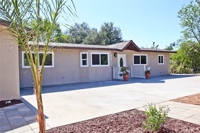 6472 Rainbow Heights Road, Fallbrook, CA 92028 (#SW19242411) :: The Marelly Group | Compass