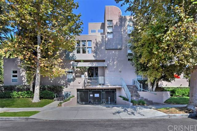 12917 Valleyheart Drive #10, Studio City, CA 91604 (#SR19240811) :: Pam Spadafore & Associates