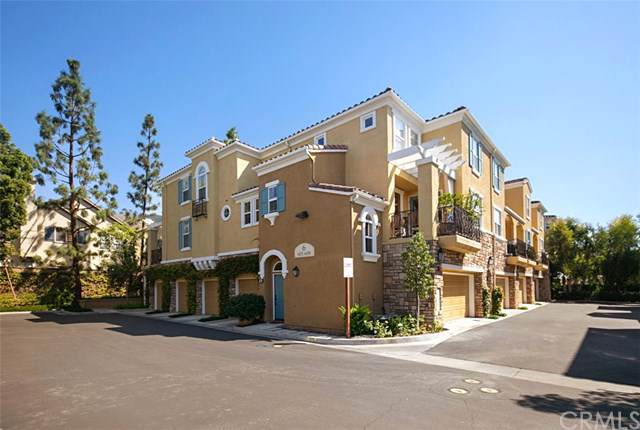 606 Terra Bella, Irvine, CA 92602 (#OC19239370) :: The Danae Aballi Team