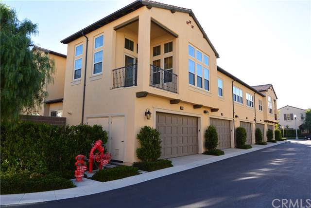 237 Overbrook, Irvine, CA 92620 (#PW19242569) :: Sperry Residential Group