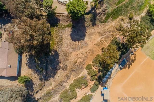1520 Larkhaven Dr, Chula Vista, CA 91911 (#190056481) :: Steele Canyon Realty