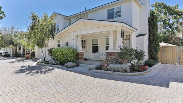 2463 Elden Avenue C, Costa Mesa, CA 92627 (#OC19239625) :: Fred Sed Group