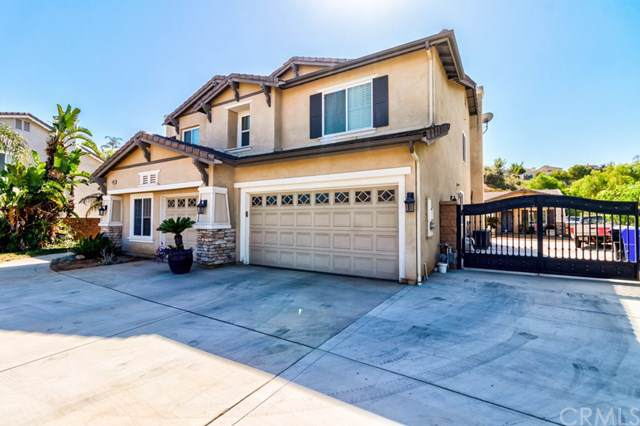 4782 Eagle Ridge Court, Jurupa Valley, CA 92509 (#IG19242967) :: OnQu Realty