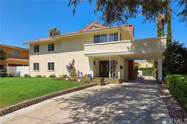 1665 S Victoria Avenue, Los Angeles (City), CA 90019 (#PW19242983) :: Rogers Realty Group/Berkshire Hathaway HomeServices California Properties