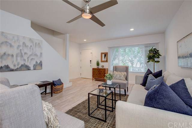 8025 Redlands Street #27, Playa Del Rey, CA 90293 (#SB19242375) :: Go Gabby