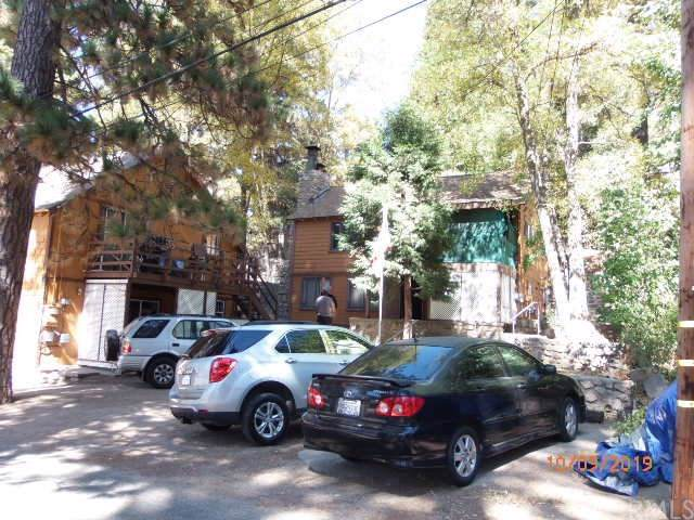 23004 Pine Lane, Crestline, CA 92325 (#IV19242180) :: Powerhouse Real Estate