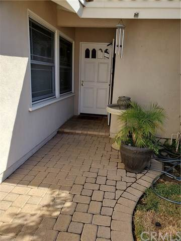 9471 Hollyhock Circle, Fountain Valley, CA 92708 (#IG19242264) :: Laughton Team | My Home Group