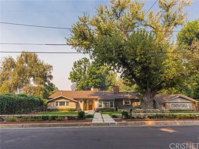 20523 De Forest Street, Woodland Hills, CA 91364 (#SR19243899) :: RE/MAX Masters