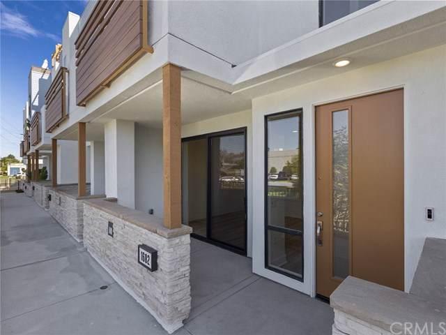 1682 Pomona Avenue #37, Costa Mesa, CA 92627 (#OC19243935) :: Fred Sed Group