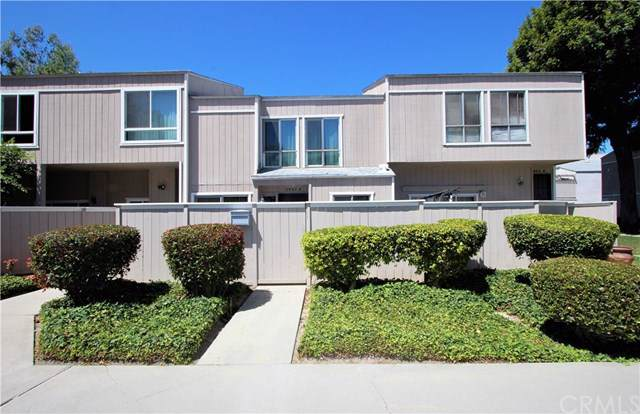 2965 S Fairview Street B, Santa Ana, CA 92704 (#PW19244022) :: The Marelly Group | Compass