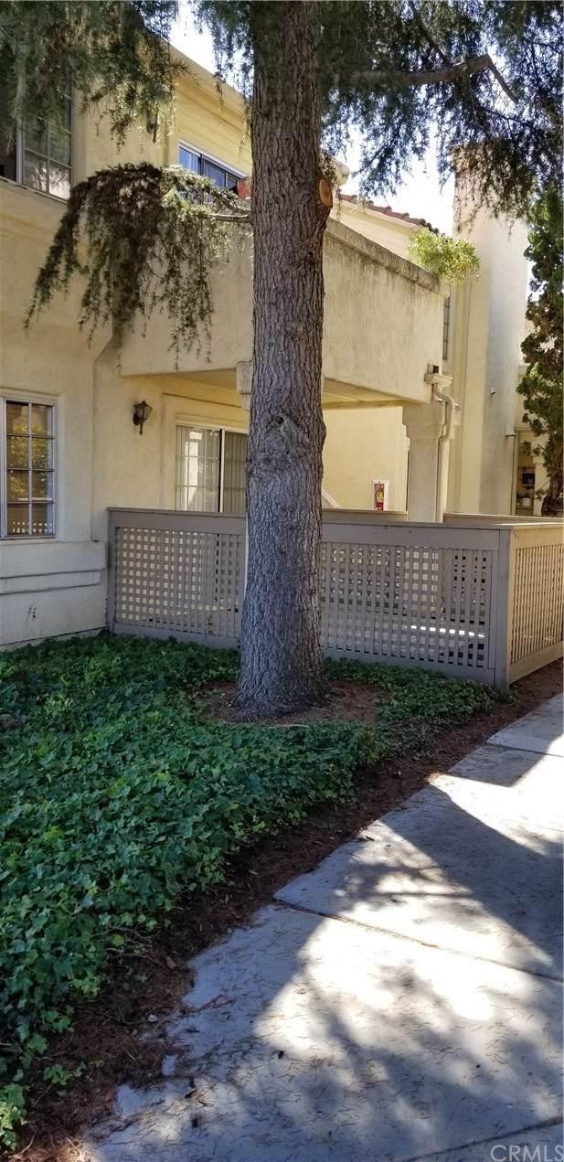 740 Breeze Hill Road #219, Vista, CA 92081 (#OC19238380) :: The Brad Korb Real Estate Group