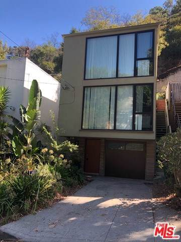 8814 Wonderland Avenue, West Hollywood, CA 90046 (#19520260) :: Veléz & Associates
