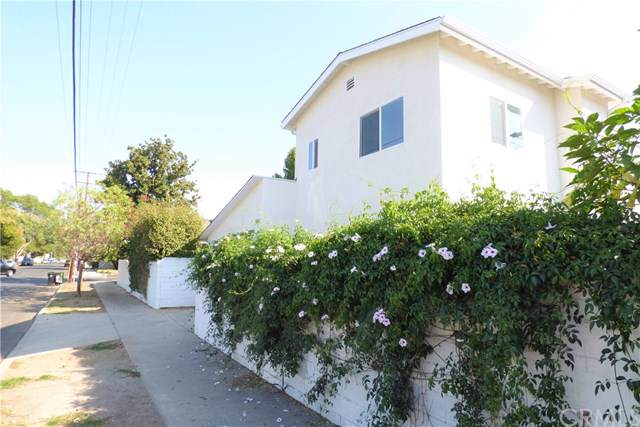 13804 Hart Street, Van Nuys, CA 91405 (#BB19244350) :: Better Living SoCal