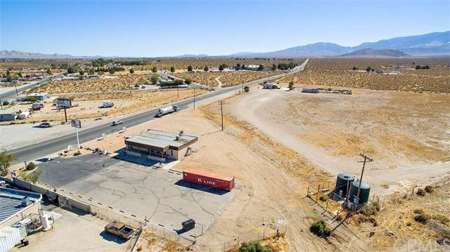 32733 State Highway 18, Lucerne Valley, CA 92356 (#CV19244612) :: Crudo & Associates