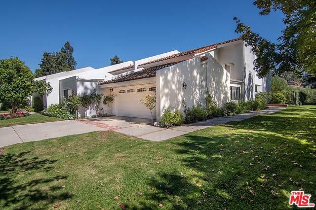 2648 Claray Drive, Los Angeles (City), CA 90077 (#19521276) :: Veléz & Associates