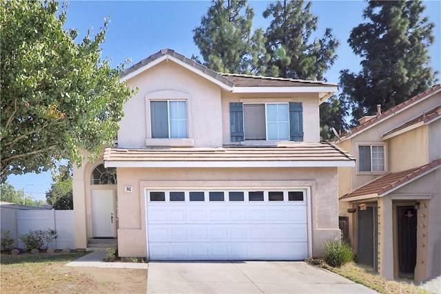 941 Primrose Lane, Corona, CA 92880 (#PW19244904) :: Millman Team