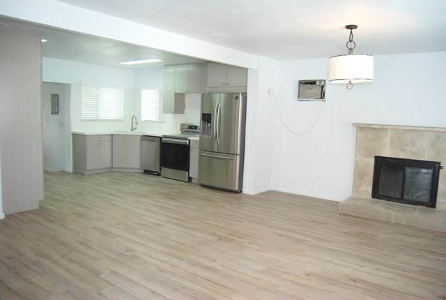 66865 Flora Avenue, Desert Hot Springs, CA 92240 (#219031972DA) :: Millman Team