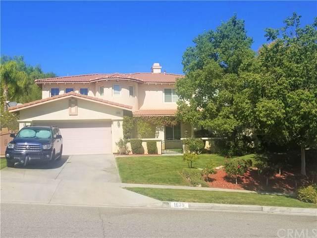 1679 Tamarron Drive, Corona, CA 92883 (#EV19136046) :: Millman Team