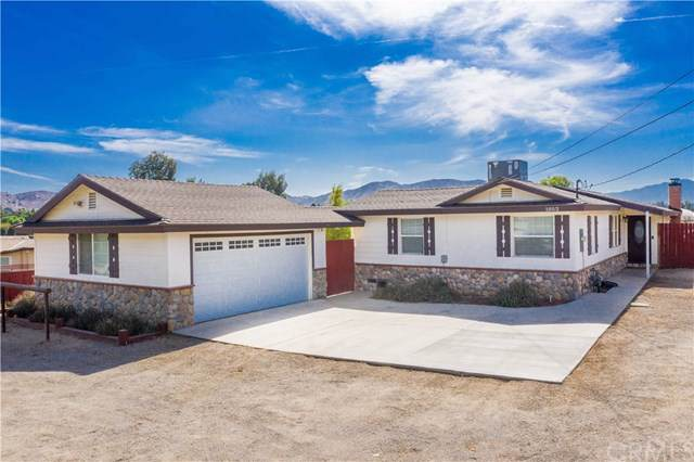 1052 7th Street, Norco, CA 92860 (#IG19239628) :: Better Living SoCal