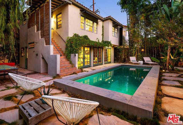 346 Westbourne Drive, West Hollywood, CA 90048 (#19521210) :: The Miller Group