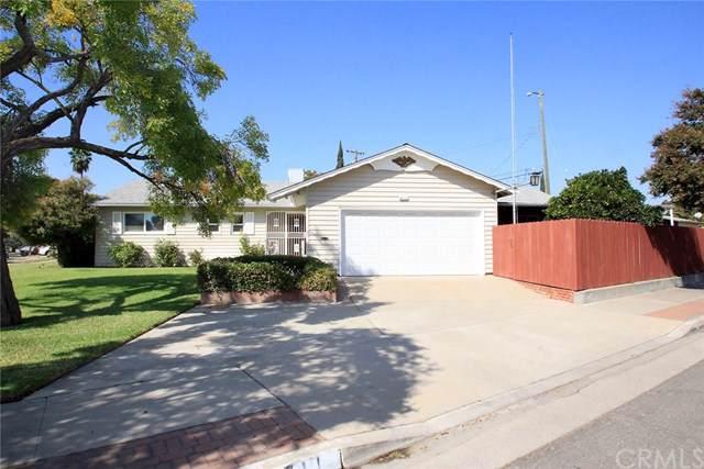 4711 N Clark Street, Fresno, CA 93726 (#FR19245268) :: RE/MAX Parkside Real Estate