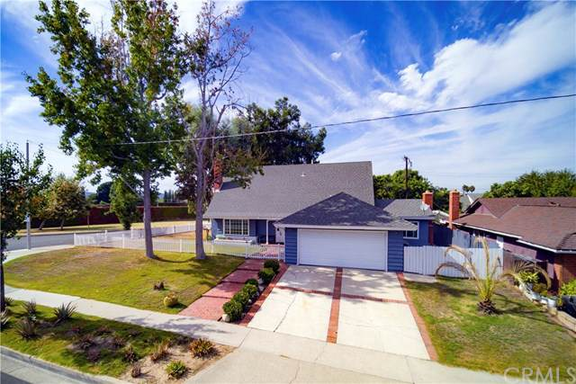 23751 Cavanaugh Road, Lake Forest, CA 92630 (#OC19244311) :: That Brooke Chik Real Estate