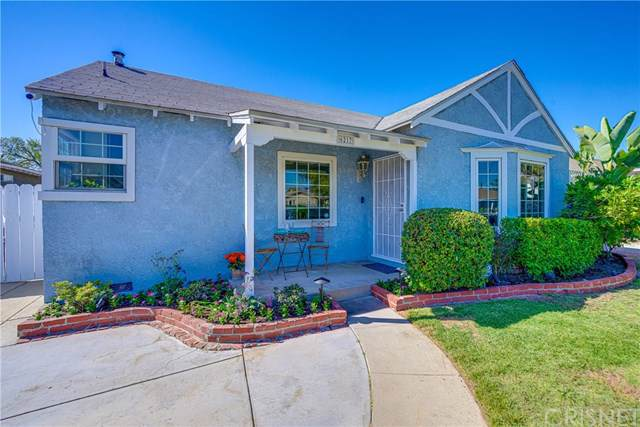6217 Klump Avenue, North Hollywood, CA 91606 (#SR19237978) :: The Parsons Team