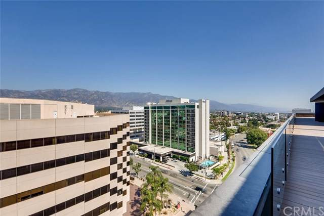 388 Cordova Street Ph2, Pasadena, CA 91101 (#PF19243557) :: The Marelly Group | Compass