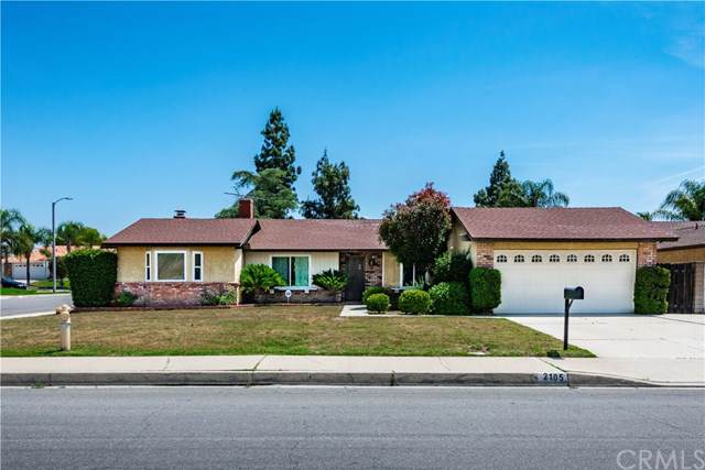2105 S Hickory Avenue, Ontario, CA 91762 (#CV19245554) :: Bob Kelly Team