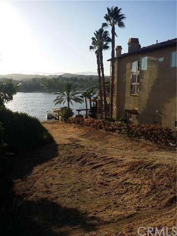 22326 San Joaquin, Canyon Lake, CA  (#SW19245883) :: That Brooke Chik Real Estate