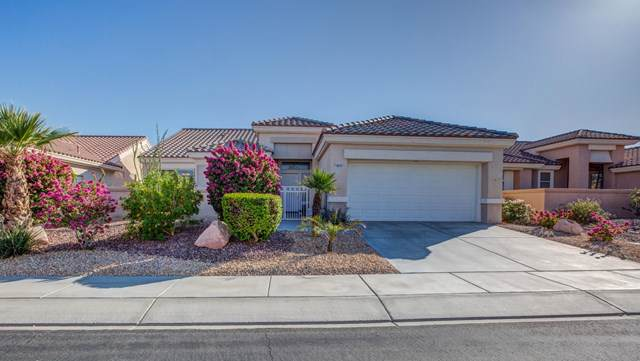 78731 Platinum Drive, Palm Desert, CA 92211 (#219032040DA) :: J1 Realty Group