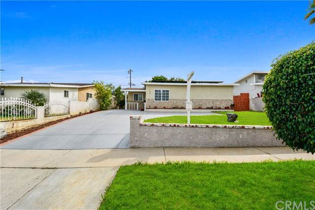328 W 235th Street, Carson, CA 90745 (#TR19237733) :: Blake Cory Home Selling Team
