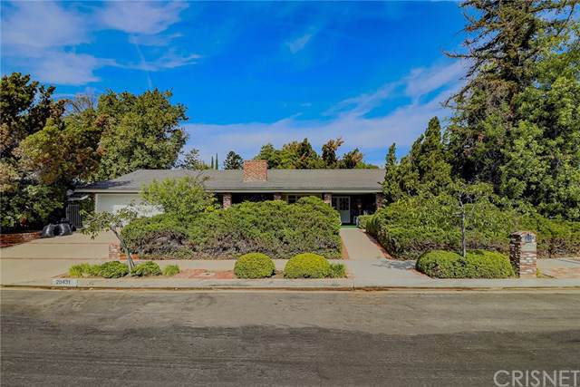 20431 Germain Street, Chatsworth, CA 91311 (#SR19246012) :: The Parsons Team