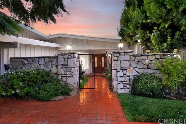 18925 La Amistad Place, Tarzana, CA 91356 (#SR19238097) :: The Miller Group