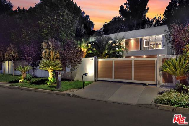 3369 Fryman Place, Studio City, CA 91604 (#19519216) :: Veléz & Associates