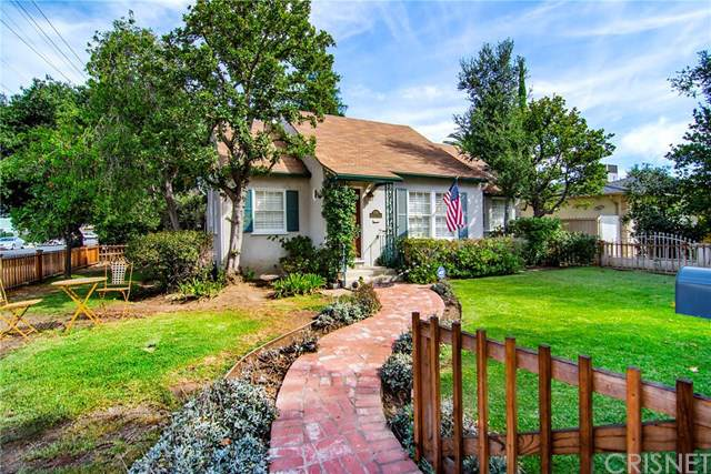 5758 Mammoth Avenue, Valley Glen, CA 91401 (#SR19246111) :: The Brad Korb Real Estate Group