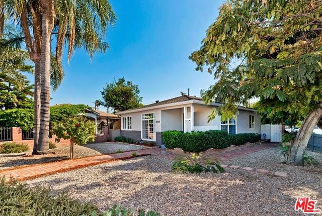 14758 Saticoy Street, Van Nuys, CA 91405 (#19520528) :: Veléz & Associates