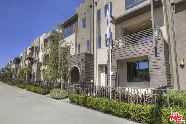 13109 W Victory Boulevard, Valley Glen, CA 91401 (#19521804) :: The Brad Korb Real Estate Group