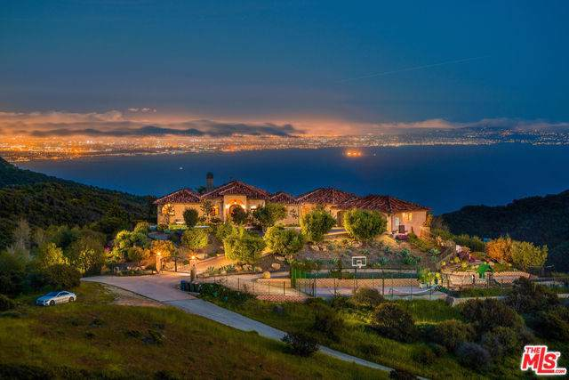 20580 Betton Way, Topanga, CA 90290 (#19521814) :: Rogers Realty Group/Berkshire Hathaway HomeServices California Properties