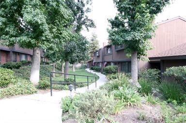 14456 Foothill Boulevard #25, Sylmar, CA 91342 (#SR19246353) :: The Brad Korb Real Estate Group