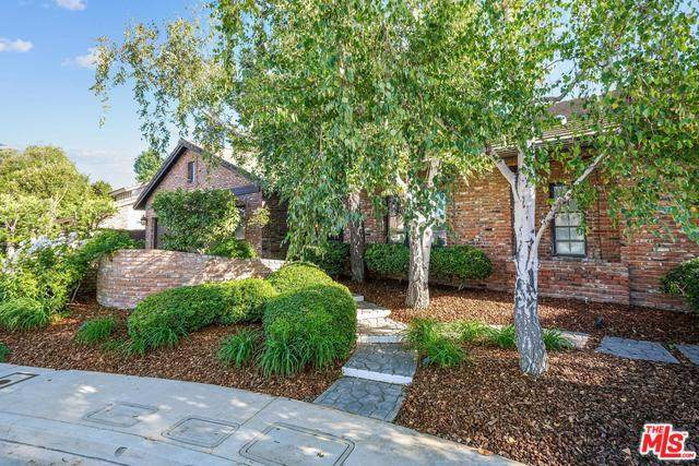 17726 W Royce Drive, Encino, CA 91316 (#19519998) :: The Marelly Group | Compass