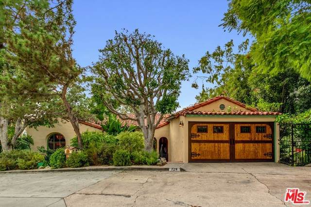 724 Luton Drive, Glendale, CA 91206 (#19521662) :: The Brad Korb Real Estate Group
