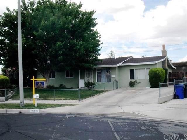 16420 Yucca Avenue, Victorville, CA 92395 (#DW19246414) :: Faye Bashar & Associates