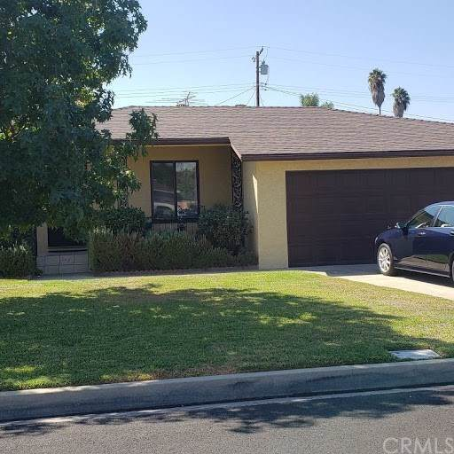8236 Duesler Street, Downey, CA 90242 (#DW19246604) :: Bob Kelly Team