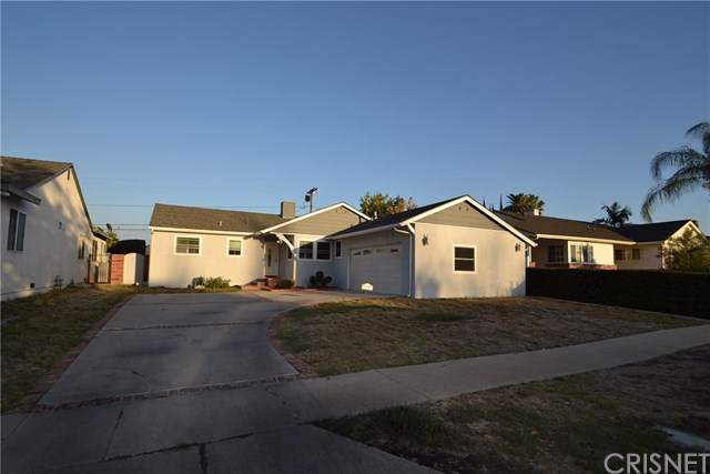6242 Tunney Avenue, Tarzana, CA 91335 (#SR19245659) :: The Brad Korb Real Estate Group