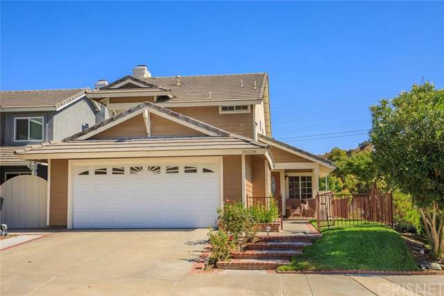 28228 Guilford Lane, Saugus, CA 91350 (#SR19235139) :: RE/MAX Estate Properties