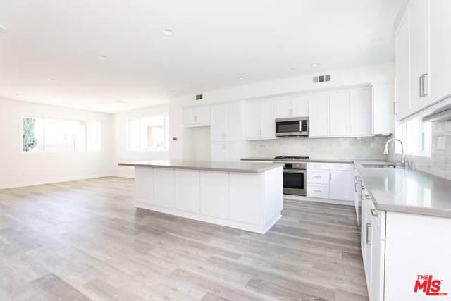 13113 W Victory Boulevard, Valley Glen, CA 91401 (#19522050) :: The Brad Korb Real Estate Group