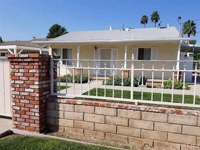 6733 Glade Avenue, Woodland Hills, CA 91303 (#SR19246212) :: Veléz & Associates