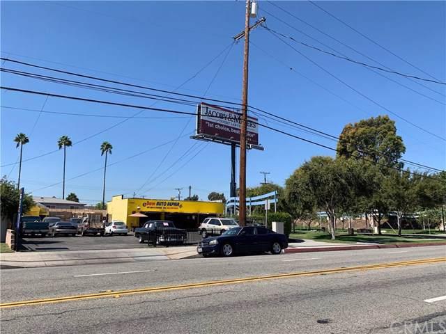 17207 Clark Avenue, Bellflower, CA 90706 (#DW19246341) :: Z Team OC Real Estate